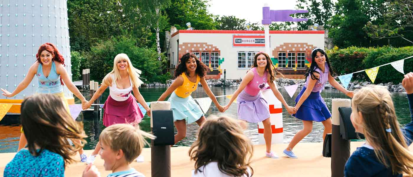 Live shows at the LEGOLAND<sup>®</sup> Windsor Resort